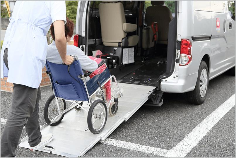 福祉車両に車いすを搭載